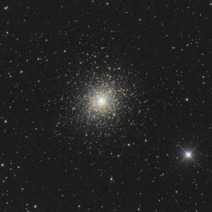 ちょっとピンぼけM5球状星団
