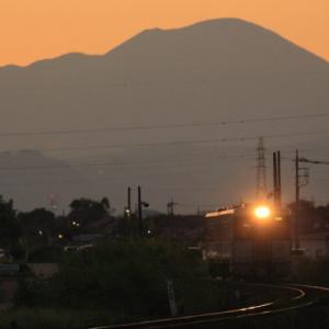 浅間山シルエット      (八高線)