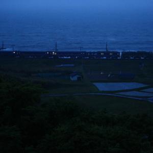 夜明け前      (羽越本線)