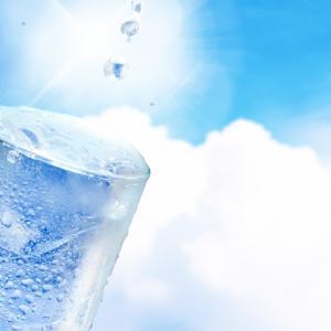 2019年!真夏の熱中症対策に効果のある飲み物は?ポカリスエット?アクエリアス?どっち?