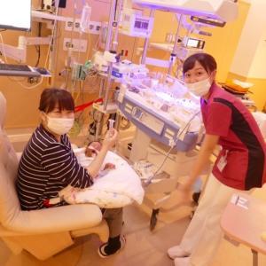 NICUでのご家族笑顔は、治療を受ける赤ちゃん達の応援。。。。