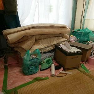 布団を上げ、養生シートを剥がし、布団コックピットをキレイに掃除🎵
