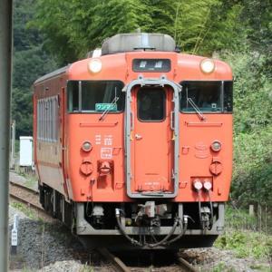【鉄道写真】山口線たった一両のキハ40気動車(徳佐駅)