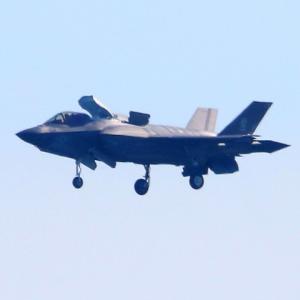 【航空機】岩国基地のF-35B短距離離陸垂直着陸戦闘機など
