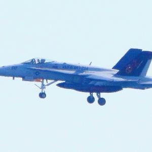 【航空機】米海兵隊岩国基地F/A-18Cホ ーネット戦闘攻撃機00番機