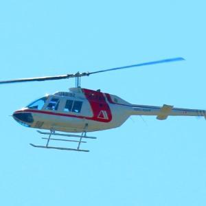 【航空機】ドクターヘリかと思ったが、Bell 206B JetRanger IIというヘリだった