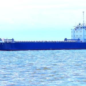 【船舶】光沖の貨物船