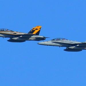 【航空機】米海兵隊岩国航空基地のF/A-18Dホーネット戦闘攻撃機