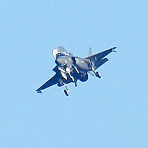 【航空機】米海兵隊岩国基地へ帰還のF-35Bステルス戦闘機!