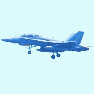 【航空機】岩国基地米海兵隊 F/A-18D ホ ーネット 戦闘攻撃機