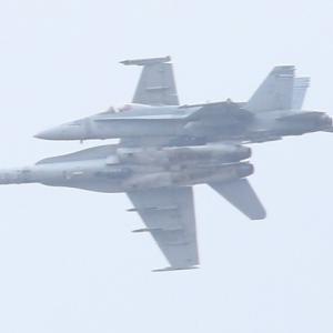 【航空機】F-35Bステルス戦闘機、F/A-18C/D戦闘攻撃機ホーネット
