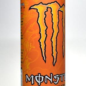 オレンジの「モンスターエナジーカオス」は通常のエナジードリンクやモンスターとは全然違う味?飲んだことがない初心者にむけて徹底解説!