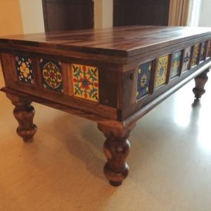 インド家具のローテーブルをオンラインで買ってみた!