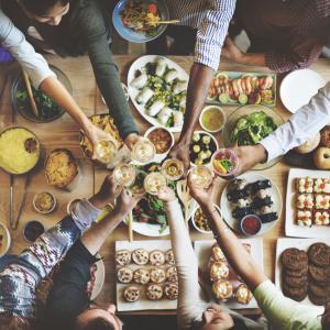 【ダイエット中の飲み会対策まとめ】これをすれば太らない!