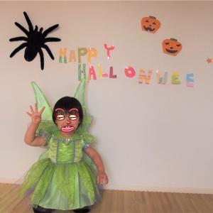 【2019キッズハロウィン仮装衣装】2歳1歳♡電飾付きのティンカーベルワンピとH&Mのドレスワンピ♡