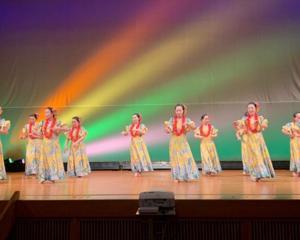 三ヶ日文化祭にフラダンスが出演!