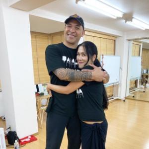 メヴィナ先生!タヒチアンダンス教室