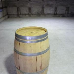 工房、そろそろ始めます。8:ワインの樽