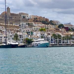 【IBIZA総集編①】ヨーロッパの楽園イビサ島の旅行お役立ち情報!ホテル・フライト・レンタカー etc