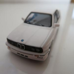 1/64 TSM MINI GT BMW M3