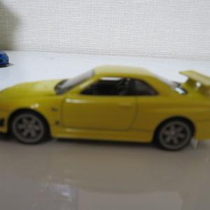 1/64ホットウィール 2019 33st LA Convention ニッサン スカイライン GT-R (BNR34) Solid Yellow