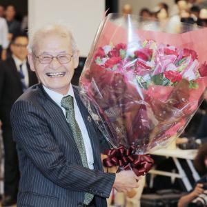 吉野彰氏にノーベル化学賞 ☆ ☆ ☆ リチウムイオン電池開発、旭化成