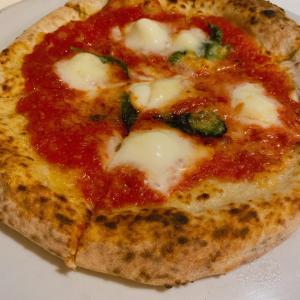 シシリヤ@横浜関内のピザの名店 手練りの生地とピザ薪窯、チーズにこだわり!