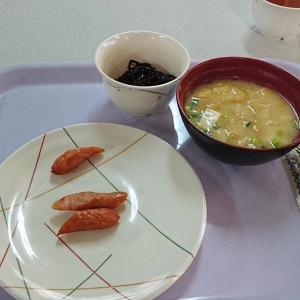 【画像】社員寮の飯が酷すぎる…