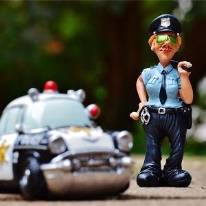 交通違反切符 赤と青の違い