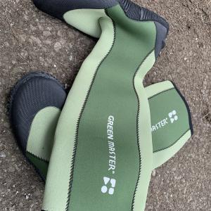 【コンパクト】釣りにキャンプに1足あると何かと便利な長靴【折りたたみ】