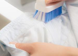 メンズシャツ、アイロン無しOKの洗たく後の干し方。