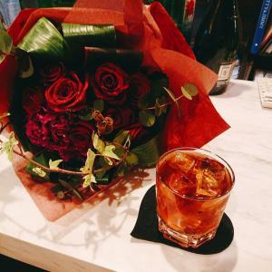 横浜橋カラオケバー🍸✨🍸『Bestie』ちょっと寄るつもりが楽しくてドップリ♪歌と酒と仲間と誕生日♪