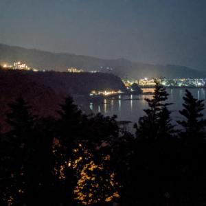 【北海道・知床】『シリエトク ナイトツアー』で、深い闇とキタキツネに出会う