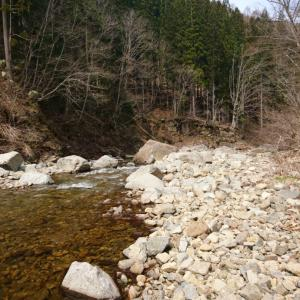 地元での渓流釣り