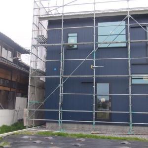 外壁ガルバリウム鋼板張り