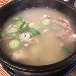 【韓国料理】コムタン(곰탕)とソルロンタン(설렁탕)〜牛の各部位を煮込んで作ったスープ〜