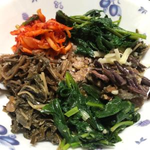 【韓国料理】ビビンバ〜ナムルを買ったのでささっと作ってみた〜