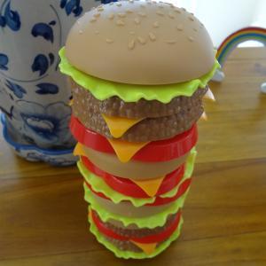 セイタカアワダチソウとセリアのハンバーガー