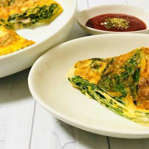 小松菜とベーコンのチーズオムレツ