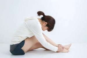 後脛骨筋の痛みと原因|進行すると足の関節が変形し手術が必要に!