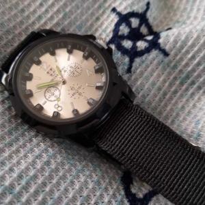 【wish】送料だけで獲得した腕時計