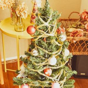 スクラップブック作り/クリスマスの飾りなど