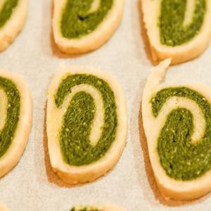 手作り抹茶のぐるぐるクッキー