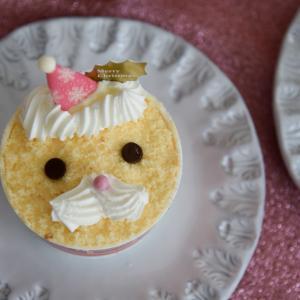 クリスマスはカップケーキでお祝い