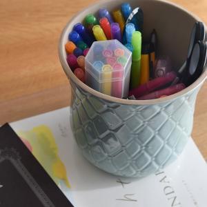 模様替え第4弾、使いやすいペン立て