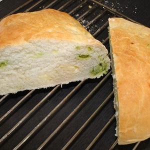 そら豆「ミーノ」とチーズのパンを焼いてみた。絶品ミーノ・ブレッドのレシピ。