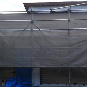 着工99日目【屋根工事、玄関ドア設置。上棟後1日目】