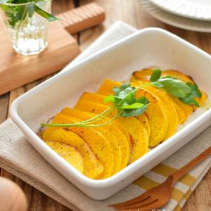 バターナッツかぼちゃのオーブン焼き。甘い!耐熱皿で焼くだけ簡単♪【農家のレシピ帳】