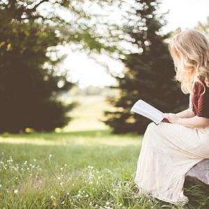 キャンプの暇つぶしにAmazon Kindleはいかがですか。