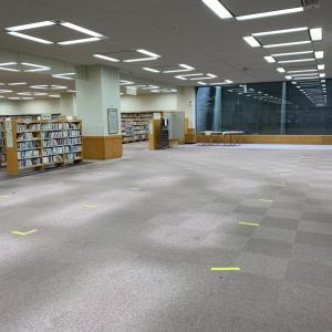 大阪市立中央図書館❗️コロナ以来、久しぶりだが、机消えて読書禁止❗️本を借りて30分以内に帰って❗️